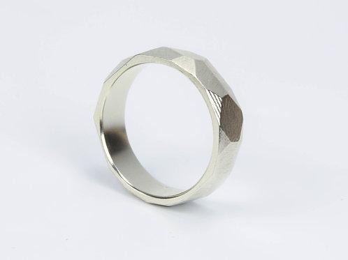 Кольцо Грани М Светлое