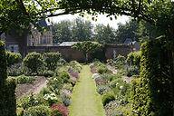 jardin_potager_vue_chateau_2.jpg