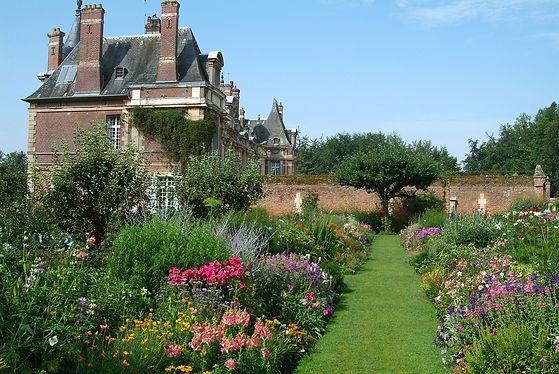 jardin_potater_vue_chateau.jpg