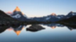 リッフェル湖からマッターホルンの日の出