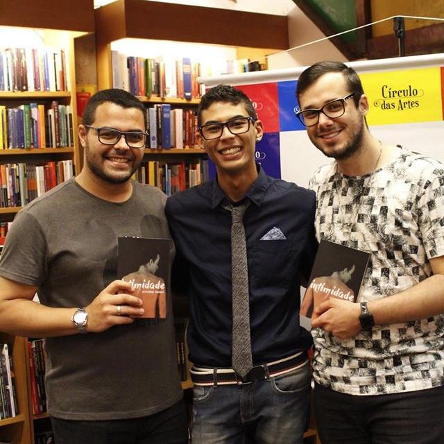 Alexandre, Zé e Rafa no lançamento do livro Intimidade