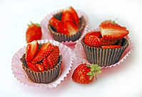strawberry chocolate cups1.jpg