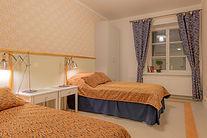 HotelliVerstas_2 h erilliset vuoteet 1.j