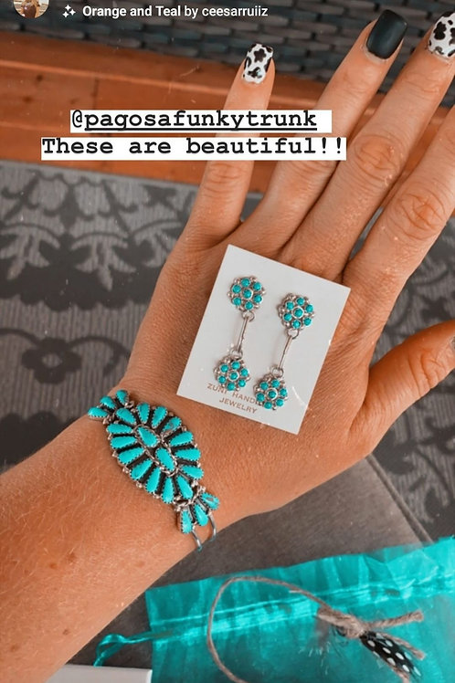 DOUBLE *Daisy TURQUOISE FLOWER PETITE POINT POST EARRINGS