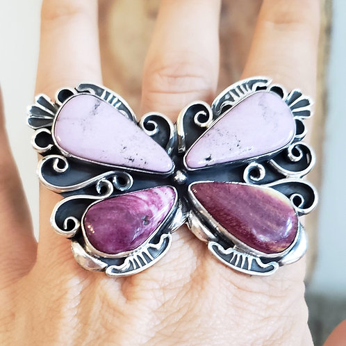 .FABULOUS HEIRLOOM QUALITY BUTTERFLY RING BY MARLENA TOM WITH SPINY OYSTE