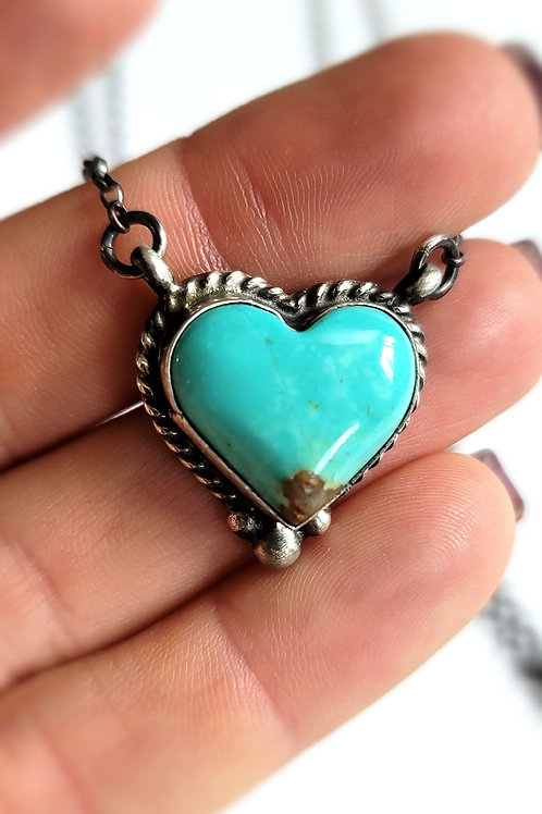 #1 HEART NECKLACE GENUINE NATIVE TURQUOIES
