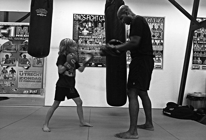 boxing uma.jpg