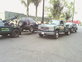 tow trucks towing service santa ana