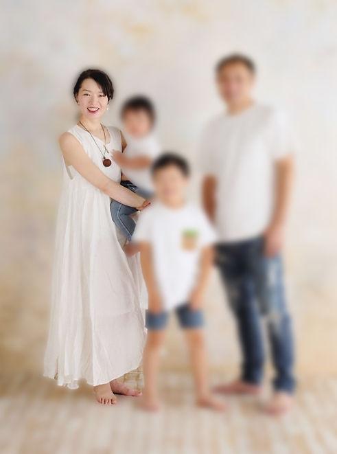 家族写真ぼかし.jpg