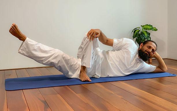 Sri Sri Yoga Level 1
