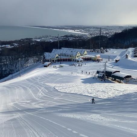 めぐみの雪で朝一沢山滑りました