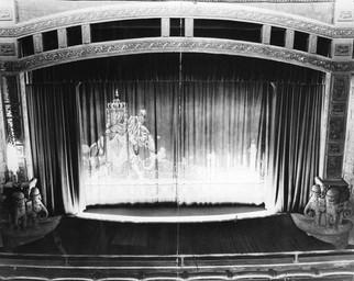 Beverly_Theatre_Auditorium_1940.jpg
