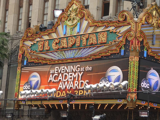 El_Capitan_Theatre_2009_Academy_Awards.J