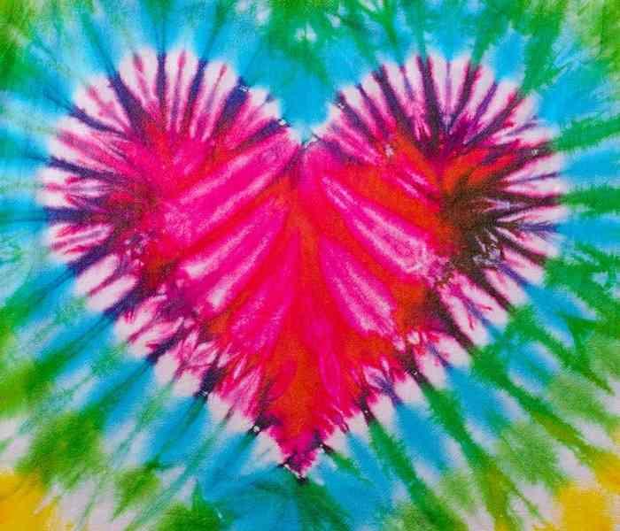 הדפס טאי דאי בצורת לב