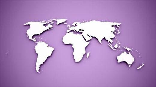 24162260-mapa-del-mundo-en-fondo-morado.