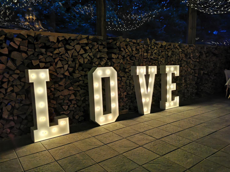XXL Buchstaben LOVE Ulm