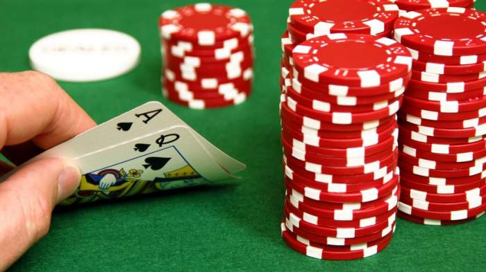 Know What The Experts Think About Bali Poker