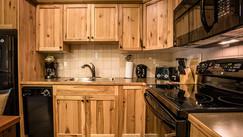 kitchen_villa_kokanee-springs_web.jpg