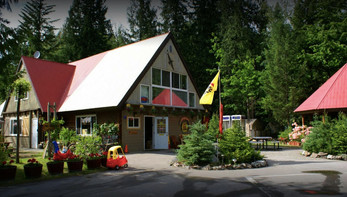 centre_Pinnacle_Trails_RV_Revelstoke_web