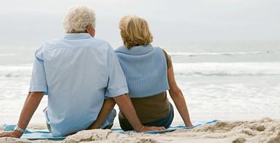 seniors_Pompano-Beach_Florida_cu.jpg