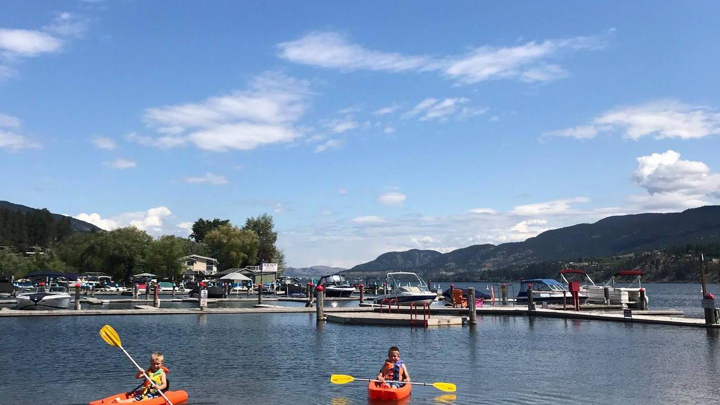 Kayaking & Paddle Boarding
