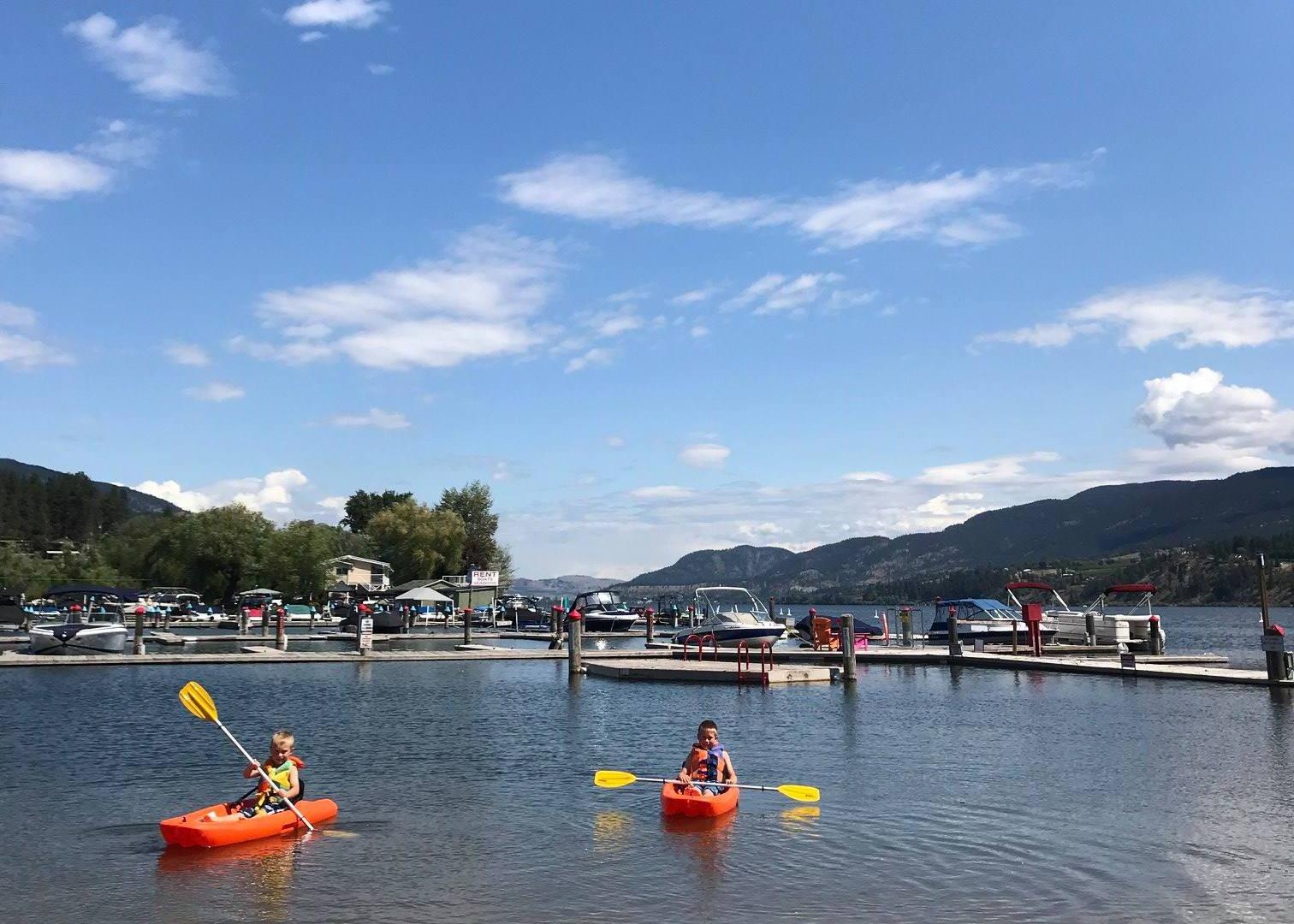 kayakers-kids_Wood-Lake-RV-Park-bc.jpg