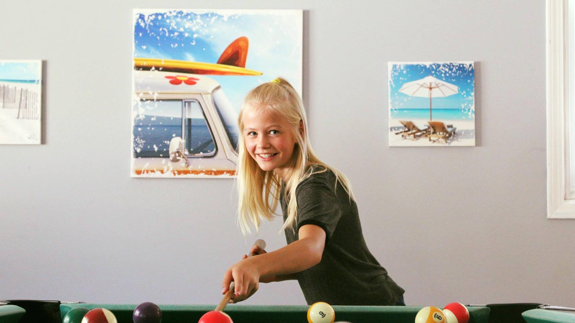 pool_billiards_room_girl-camper_Wood-Lak