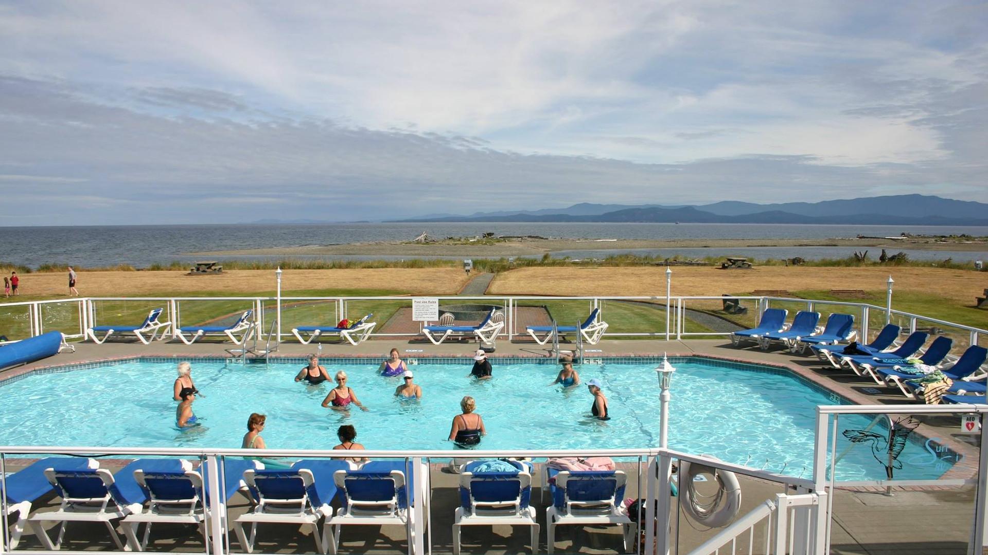 pool_Surfside_rv_resort-campground.jpg