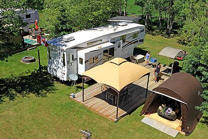 campsite_trailer_FarFarAway_6400_web.jpg
