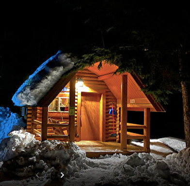 cabin_winter_Revelstoke_rental_web.jpg