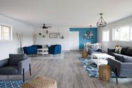 Lounge Area Apr 10/21