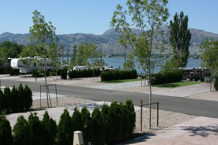 Waltons Lakefront Resort