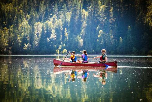 canoe rentals Revelstoke