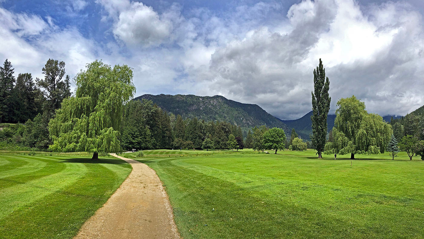 golf course trail