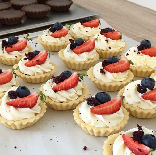 tartelekty-s-jahodami-princess-cakes-tre