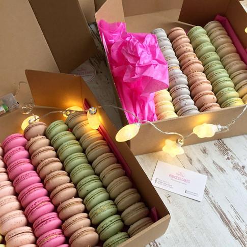 vianoce-makronky-princess-cakes-trencin.