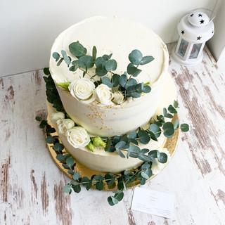svadobna-torta-50porcii