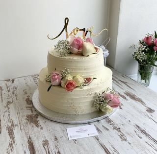 svadobna-2-poschodova-torta-princess-cak
