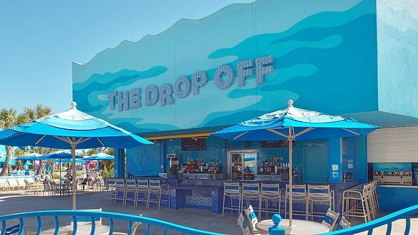 the-drop-off-pool-bar-00.jpg?16040076189