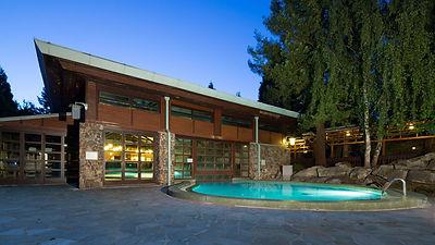 n018476_2050jan01_sequoia-lodge-swimming-pool_16-9_tcm808-159500.jpg_w=1280.jpg