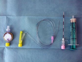 Platelet Sayısı Düşük Hastalara Lomber Ponksiyon Veya Epidural Anestezi Öncesinde Platelet Nakli
