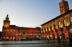 piazza maggiore.jpg