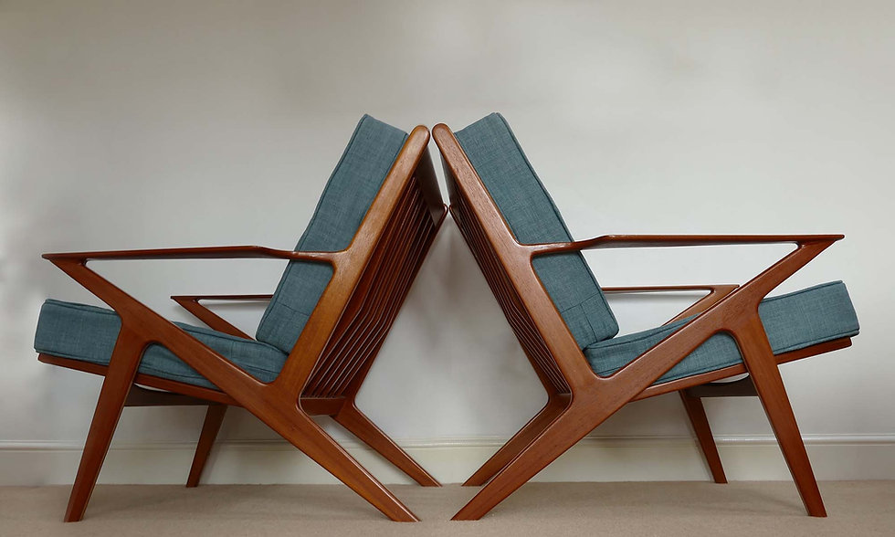 Danish Z Chair