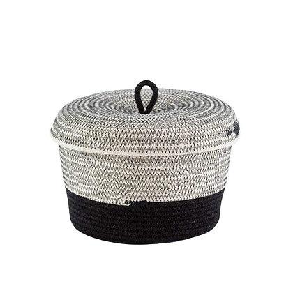 Lidded bowl liquorice basket