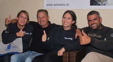Sandra und Annina vom Animaris Vorstand mit Otto und Cristian vom Dog Park