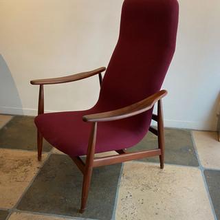 Easy chair by Louis van Teeffelen