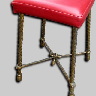 A French stool
