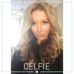 Bailey Schneider blonde hair selfie