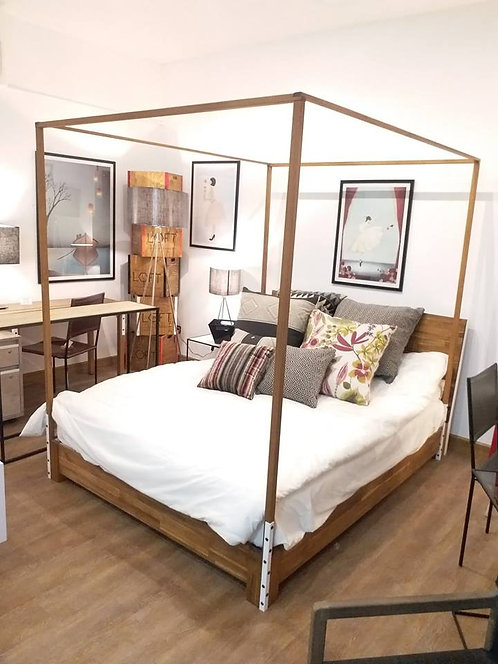MKD Pole Bed (Queen/King)