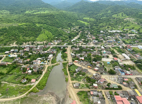 Buying real estate on the coast of Ecuador: A property with a deed vs. community-owned land